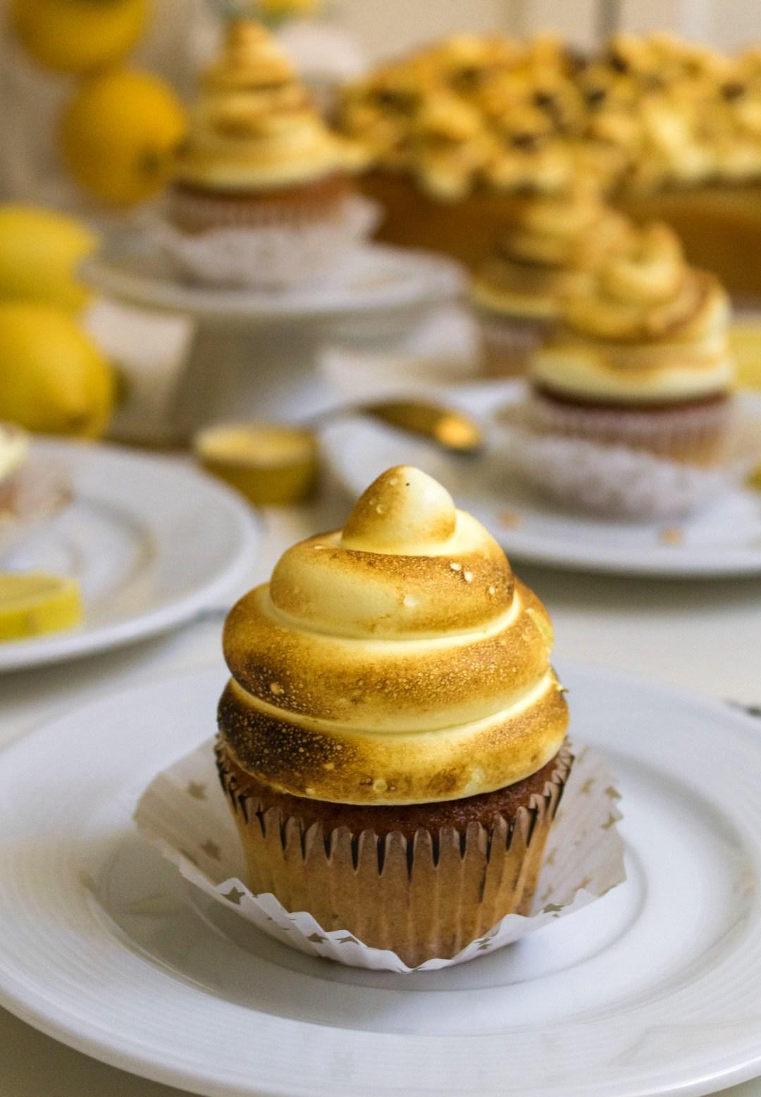 lemmon-meringue-cupcakes_0029