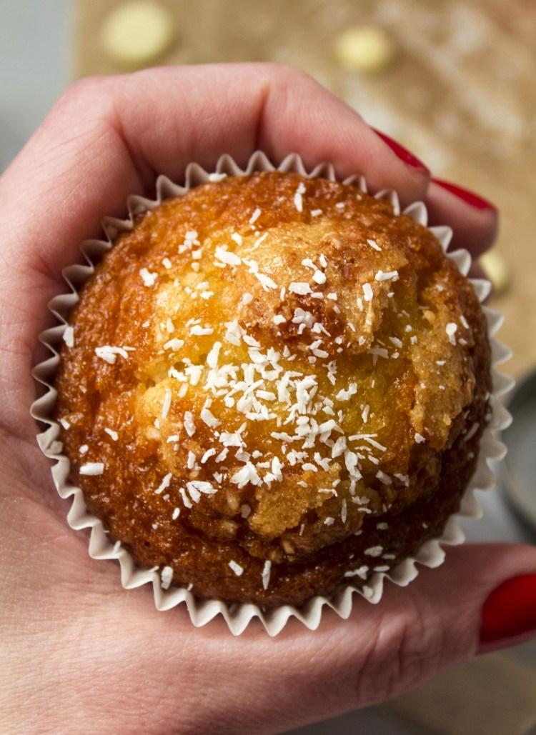 muffins-de-coco-y-chocolate-blanco_0019