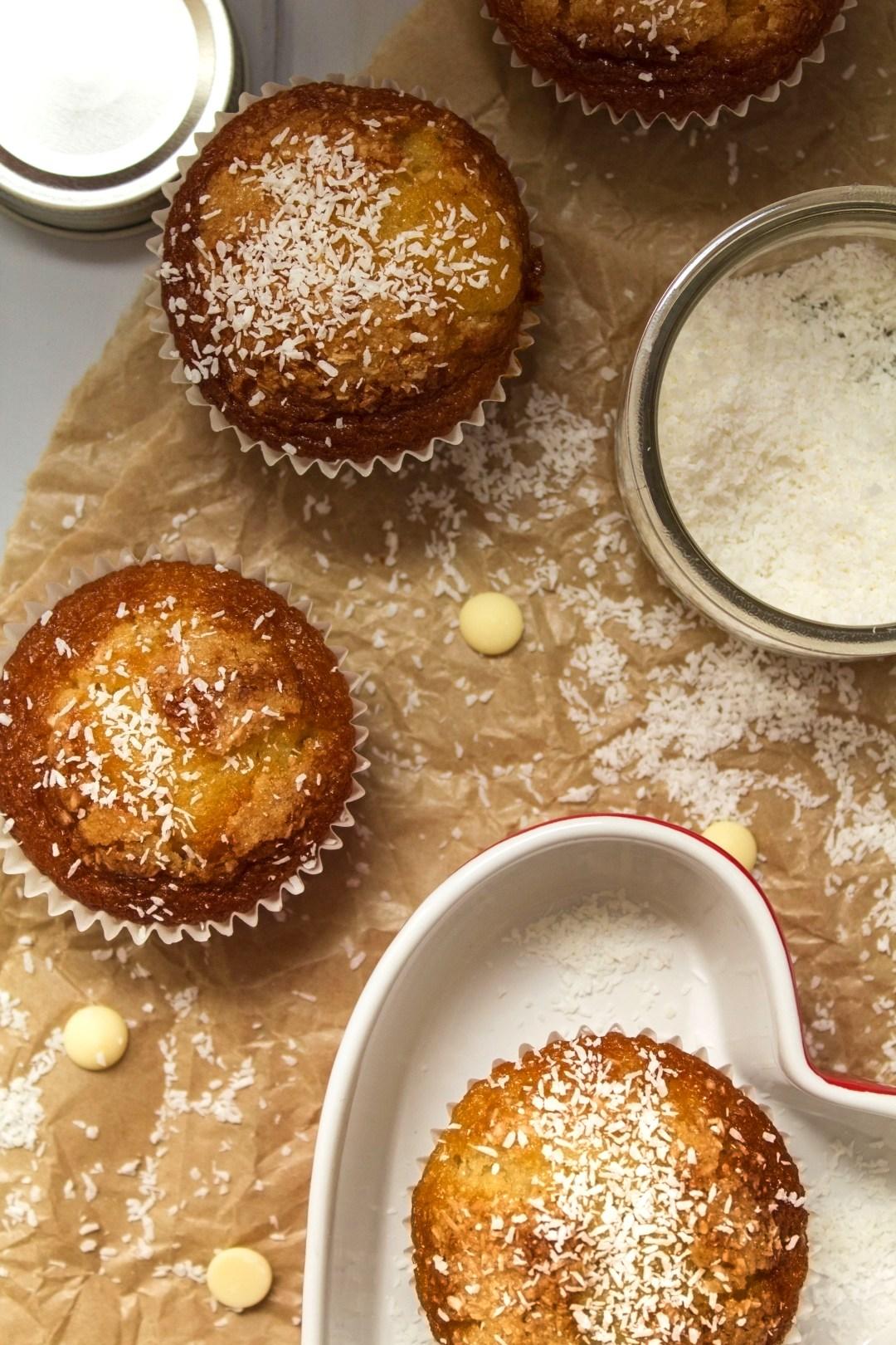 muffins-de-coco-y-chocolate-blanco_0024