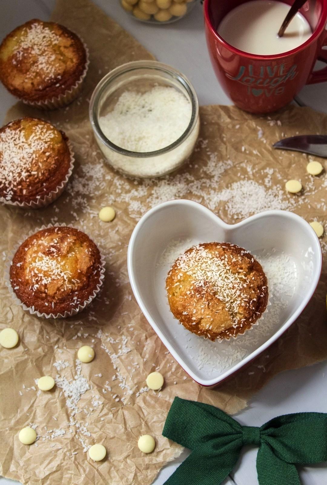 muffins-de-coco-y-chocolate-blanco_0027
